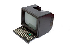La transition digitale à travers les âges : le minitel